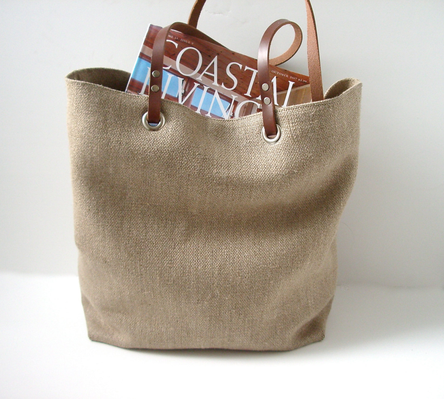 Linen beach bag with leather...